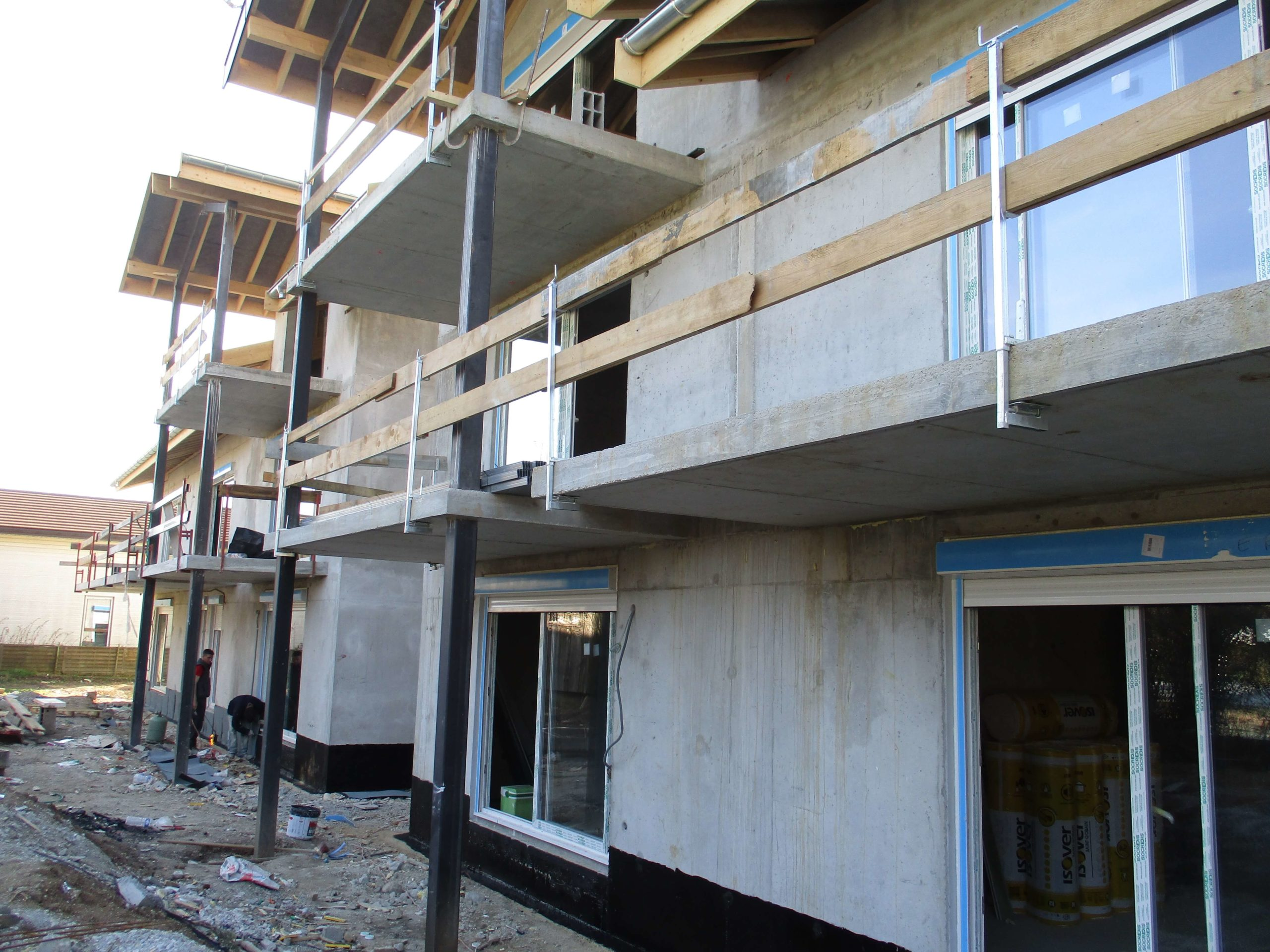 Menuiseries extérieures et balcons